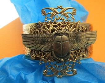 Scarab bracelet Egyptian revival BUTTERFLY VINTAGE Brass Cuff scarabs BRACELET
