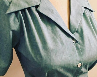 Green woven 1940s style short sleeve cotton blouse S to XL Ready to ship