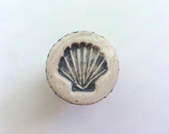 Gray Scallop Shell Knob, Drawer Pull