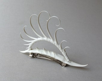 Arched Plume White Barrette