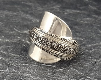 Whole Spoon Ring Sterling Silver Normandie Wallace MR0402-CCK101