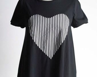 SALE***Heart of Stripes Tshirt//Black Top S.M.L.