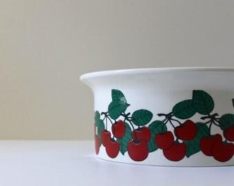 Arabia Finland Kirsikka Cherries Casserole, Arabia Fruit Bowl, Mid Century, Scandinavian Modern Design