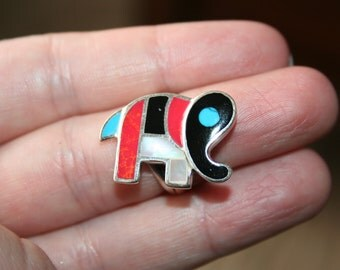 Native American Zuni  925 Sterling Silver Elephant  inlaid Ring  Just ADORABLE