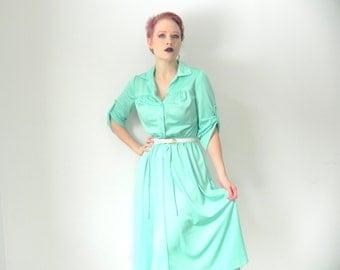 Pastel Mint Green 1970s Vintage Shirt Dress