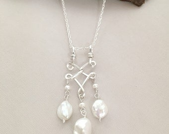 Silver Pearl Necklace / White Pearl Pendant / June Birthstone Jewelry / Wire Wrapped Pearl Necklace / White Necklace Jewelry