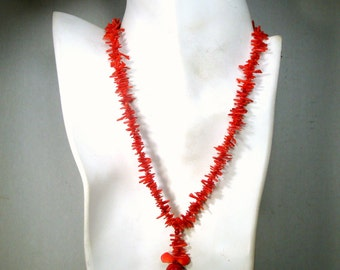 SALE, Petite Red Branch Coral Necklace, Sweet Vintage Stick Coral Pendant , SHort Necklace 16 Inches,  1980s Thailand Corals