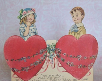 Lovely Vintage Stand-Up Valentine Card Children and Hearts