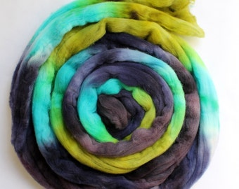 Merino Wool Top - Roving - Hand Painted - Hand Dyed for Spinning or Felting - 4oz - Lagoon