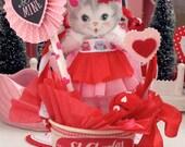 Vintage Inspired SuGaR SwEeT Valentine Kitschy Kitten Keepsake VALENTINE