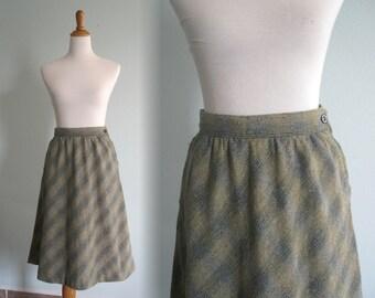 Vintage Pretty Sage Green Tweed Wool Skirt - 70s Space Legs Tweed Skirt - Vintage 1970s Skirt M