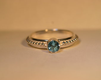 Silver Ring with 5mm Swiss Blue Topaz Gemstone - Size US 7 - Ready to Ship