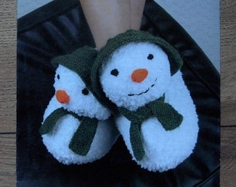 1999 knitting pattern SNOWMAN SLIPPERS child, small adult