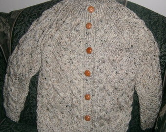 Irish sweater for child age 5-6 in Oatmeal