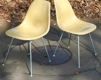 Eames Shell Chair Vintage Scoop Herman Miller Light Ochre Yellow 1 Sold