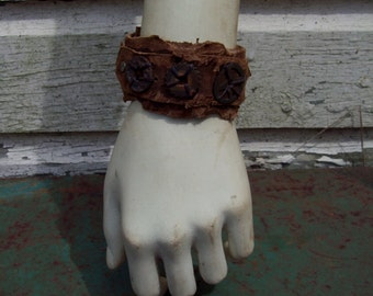 Sprockets Leather Cuff -- wasteland weekend burning man tribal fusion amazon larp barbarian apocalyptic apocalypse steampunk dieselpunk