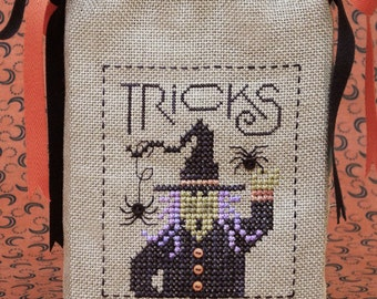 SALE - The Tricky Witch Tricks or Treats Bag - Cross Stitch Pattern by The DRAWN THREAD Halloween - Needlework Smalls