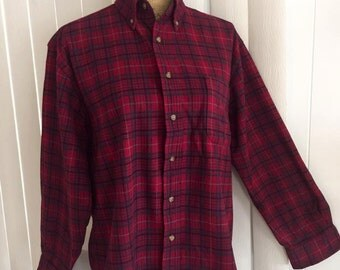 Vintage Men's Pendleton Wool Oxford in Red Plaid -- Size M-L