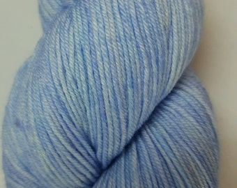 Bluebells of Scotland colorway! Glad Rags 100% Superwash Merino, 100 grams, 438 yards, hand-dyed sockweight