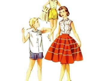 1950s Sleeveless Blouse Circle Skirt and Shorts Pattern Simplicity 1146 Girls Size 14 B32