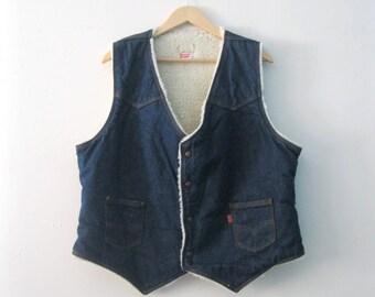 Vintage Mens 70s orange tab levis denim vest / fleece shearling Levis jean Boho Folk Woodsman vest