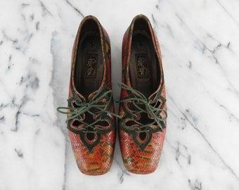 90s Vintage Peter Fox Lace Up Shoes Multi Color Snake Design Red Orange Green