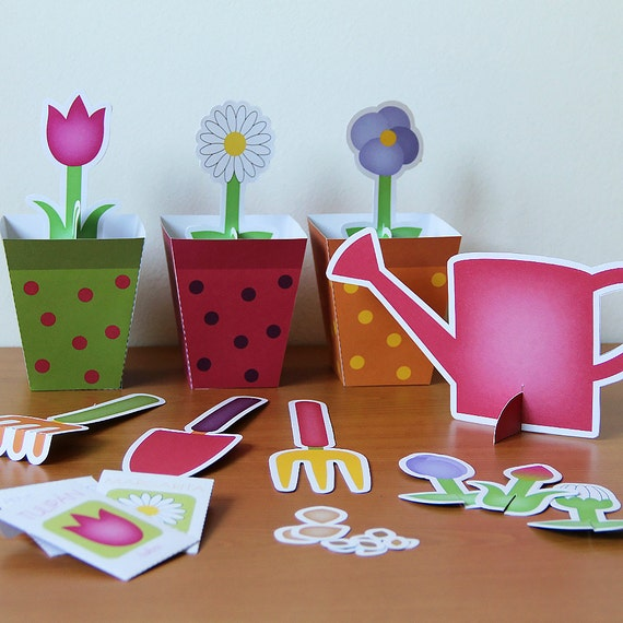 Printable gardening set - PDF paper craft