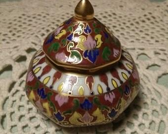 Benjarong ware Cosmetic or Medicine Jar Hand Painted Thailand