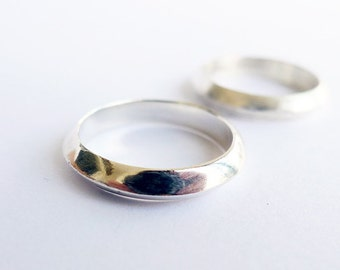 Eclipse In Shiny Silver. Handmade Silver Ring. Man and Woman 925 Band. Triangle Band Ring. Unique Handmade Stackable Ring. Promise Ring.