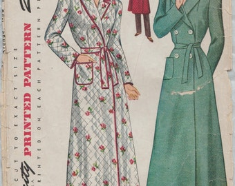 Simplicity 4759 / Vintage 1940s Sewing Pattern / Lingerie Robe / Size 14 Bust 32