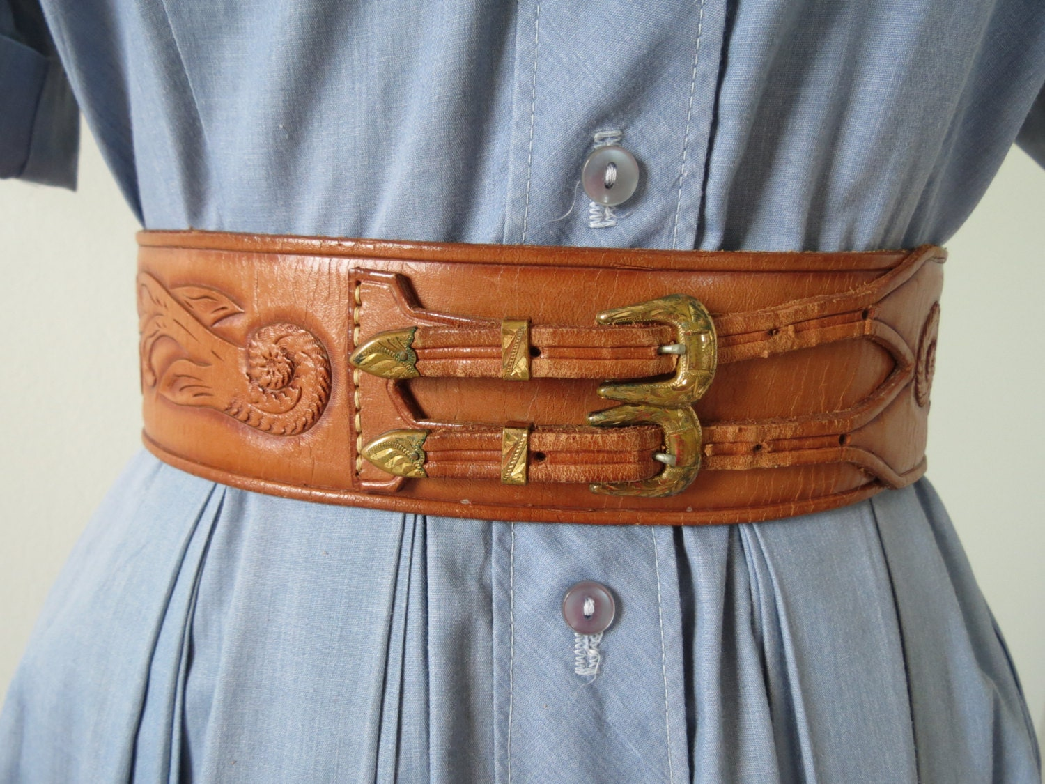 1970s tooled wide leather cinch belt with buckles up