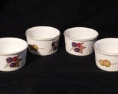 Royal  Worcester Evesham Gold 4 Small Ramekins Olive & Berrie Mint Condition