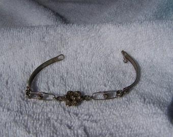 Unique Hand Crafted Silver Flower Panel Link Bracelet