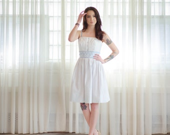 Vintage 1960s White Dress - 60s Summer Dress - Windswept Summer Dress