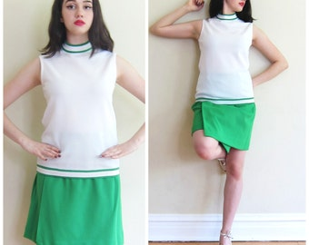 Vintage 1970s Green and White Tennis Skirt and Top Set / 70s Summer Sports Ensemble in Poly Knit