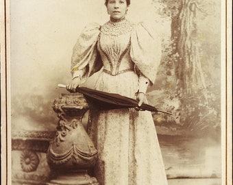 Beautiful VICTORIAN SPRING Dress with BILLOWING Sleeves Fantastic Hat and Parasol Cabinet Card Photo Salt Lake City Utah circa 1890