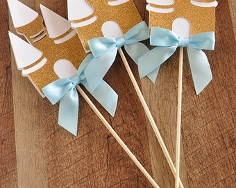 Cinderella Party Wands.  Handcrafted in 3-5 Business Days. Castle Centerpiece. Princess Party Centerpiece 3CT.