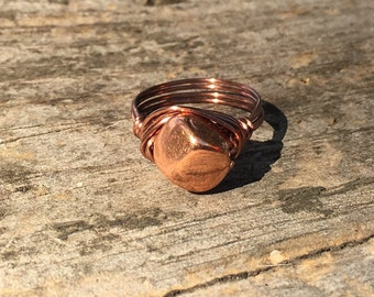 size 7.75 , 7 3/4 - Antique copper beaded, wire wrapped ring - brown metal - simple - minimalist - men women accessories bohemian