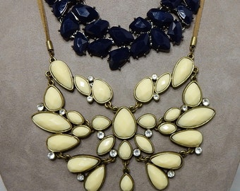2 AVON Faceted Ivory & Navy Stone Bib Necklaces    NAW31