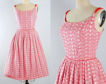 Vintage 50s Cotton Dress / 1950s RED GINGHAM Sundress / Plaid Checks Floral EMBROIDERED Sleeveless Full Skirt Garden Picnic Party M Medium