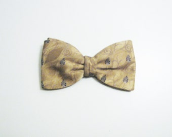 Golden Floral Art Deco Vintage Bow Tie