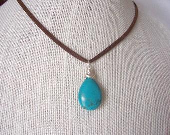 turquoise necklace, turquoise pendant necklace, Southwest style, boho jewelry, Spring 2016 trends, Holiday gift idea,