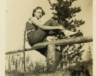 "Vintage Photo ""Strength and Beauty"" Woman Posing Snapshot Antique Photo Old Black & White Photograph Found Paper Ephemera Vernacular - 6"