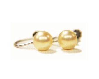 Vintage Screw Back Simulated Pearl Stud Earrings Marked SIL