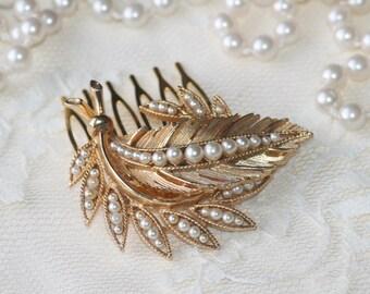 Vintage Gold & Ivory Pearl Brooch Hair Comb,Desginer Brass Hair Comb,Bridal Hair Comb,Faux Pearl,Leaf,Leaves,Lisner Gold Pearl Brooch,OOAK