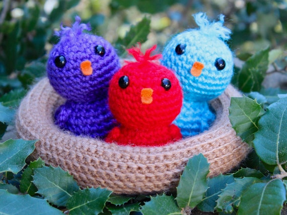 Baby Bird Amigurumi : Crochet pattern baby birds in a nest by Tremendu amigurumi