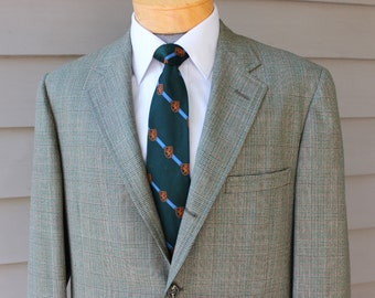 vintage late 60's -Cricketeer- 2 piece suit. Green & Russet Glen plaid - Ivy league styling - 3 / 2 roll. Flat front pant.  42 Regular x 34""