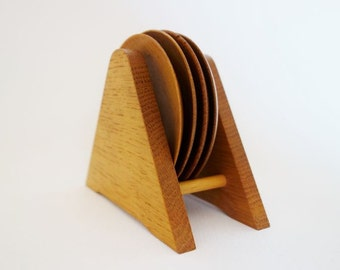 4 Vintage Wooden Dipping Dishes or Jewelry Dishes with a Wooden Display from Homesa