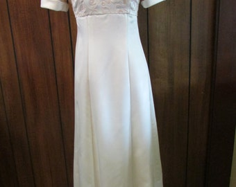 Vintage  Bill Levkoff 1970 - 80's Wedding Prom Dress Size 4  Off-White Cream