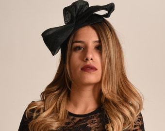 Black cocktail hat / Black fascinator / Womens evening hat / couture occasion hat / event hat /hatinator